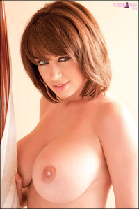 sophiehoward-vol01-29
