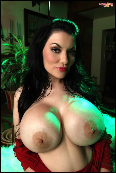 Dahlia Dark Showcases Massive Boobs