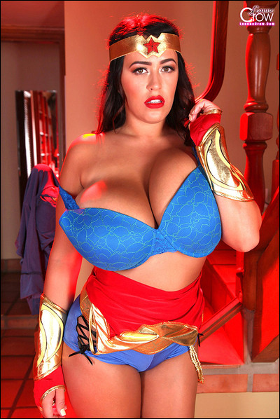 "Leanne Crow Says ""Happy Halloween"" as Mega-Boobed Wonder Woman"